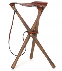 Tripod Seat with Dog Lead - 85cm