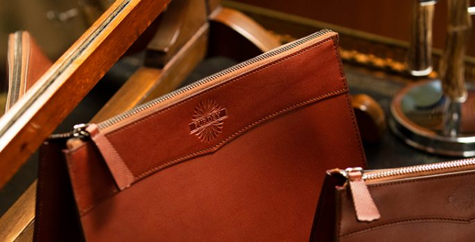 AW18 Purdey Brochure - Leather Wash Bags